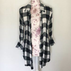 [M] - About a Girl   Top